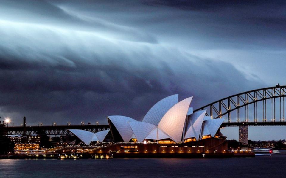 1544909167-sydney-storm-cloud-960x600